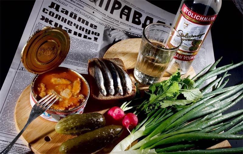 image9-36 | Евгений Гришковец о том, почему иностранцы не любят водку, и как ее надо правильно кушать
