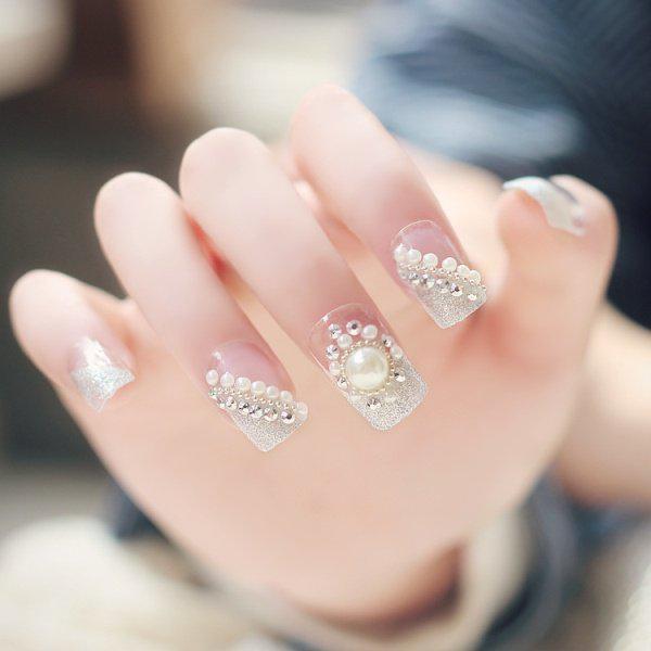 embellished-nails-10 | Тренды маникюра: маникюр с украшениями