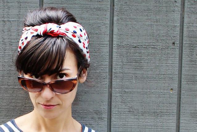 image15-6   Как красиво и оригинально повязать шарф или палантин на голову