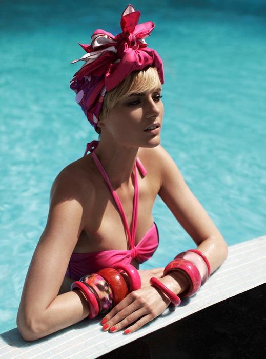 image42-1   Как красиво и оригинально повязать шарф или палантин на голову