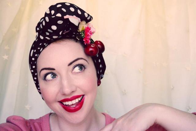 image43-1   Как красиво и оригинально повязать шарф или палантин на голову