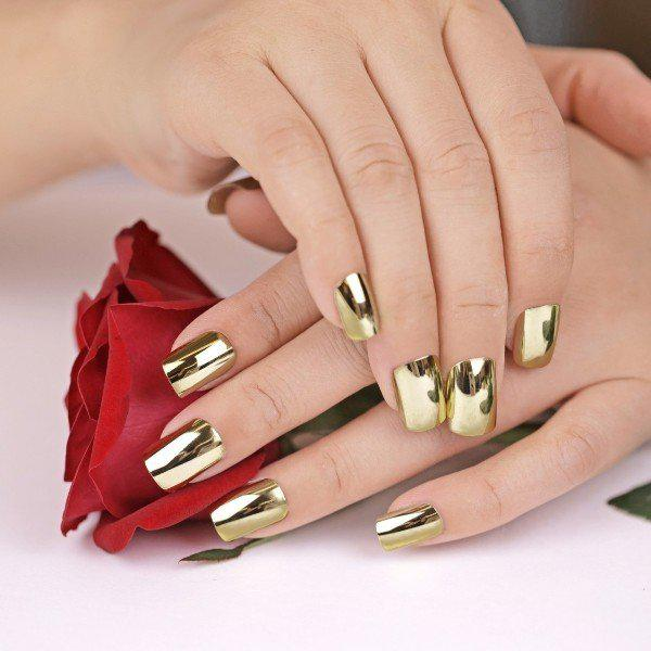 metallic-nails-11 | Тренды маникюра: ногти-металлик