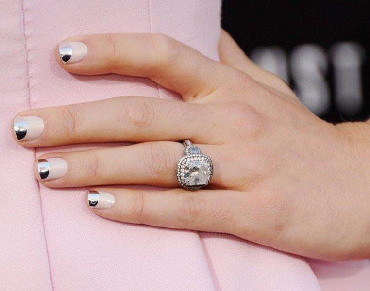 metallic-nails-6 | Тренды маникюра: ногти-металлик