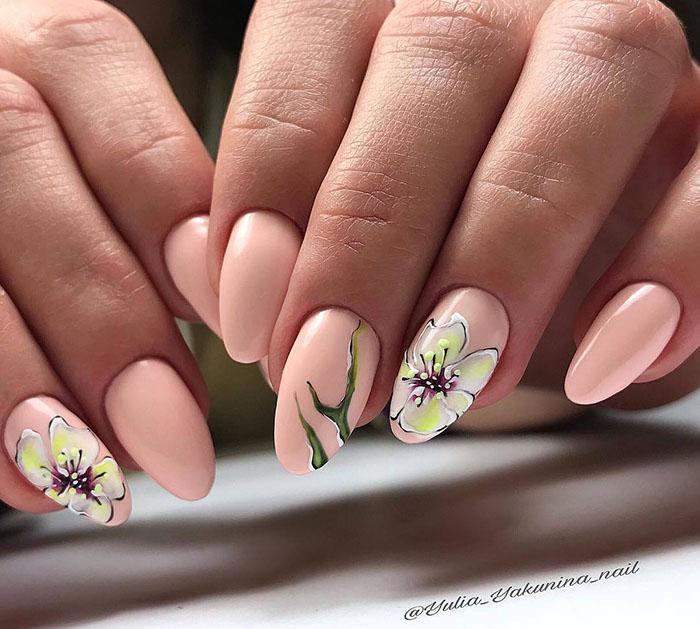 image29-4   Восхитительные варианты цветочного маникюра