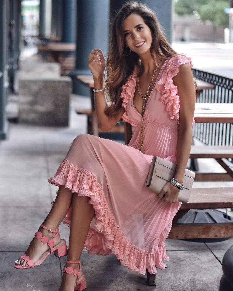 image18-7 | Модные блоги: образы с платьями, которые вам точно понравятся