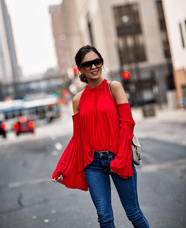 image20-1 | Как стильно носить красные блузки и рубашки летом и осенью 2018: 20 стильных идей
