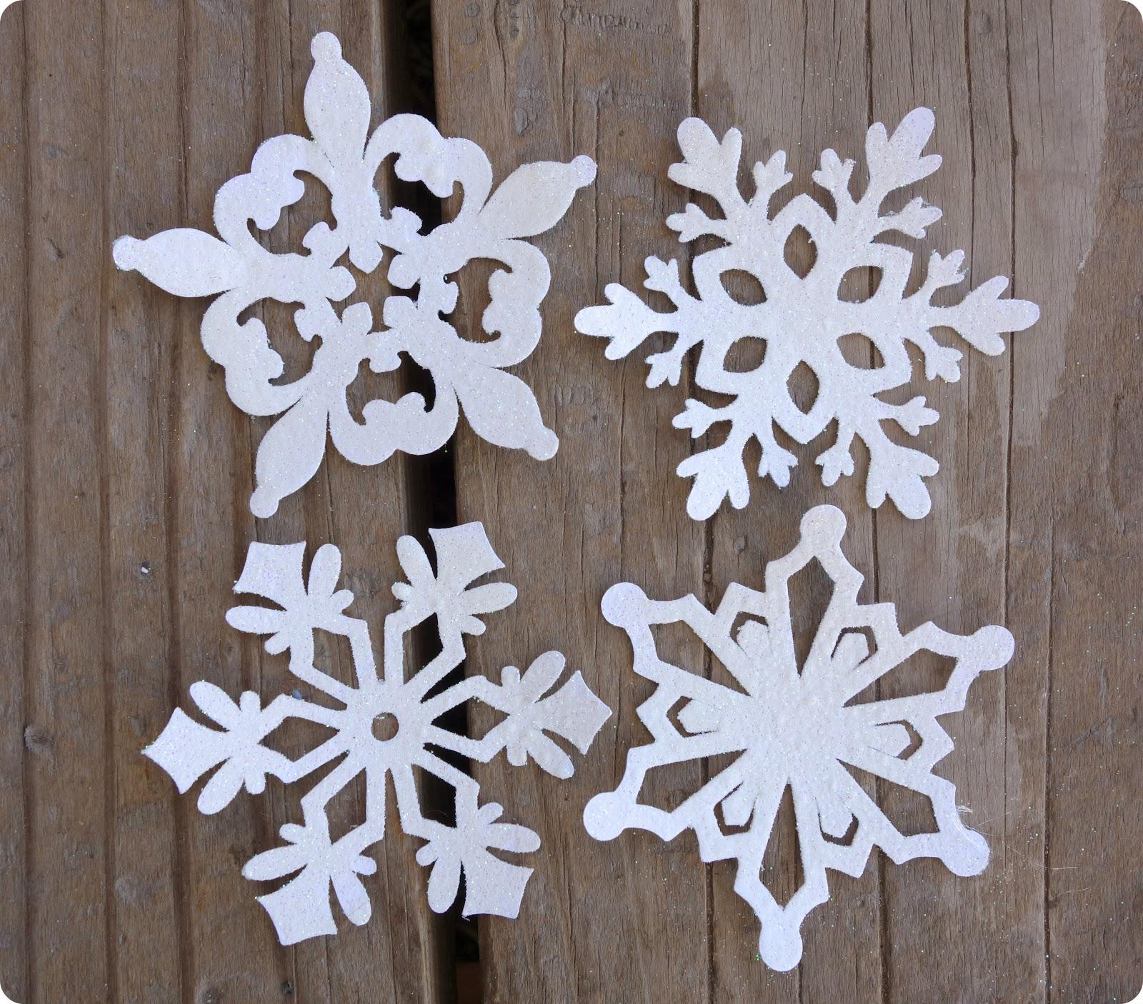 image1-20 | 15 способов сделать снежинку своими руками