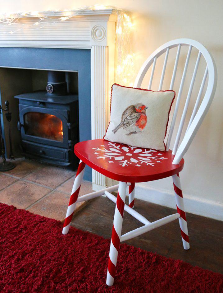 image3-10 | Как украсить стулья к Новому году