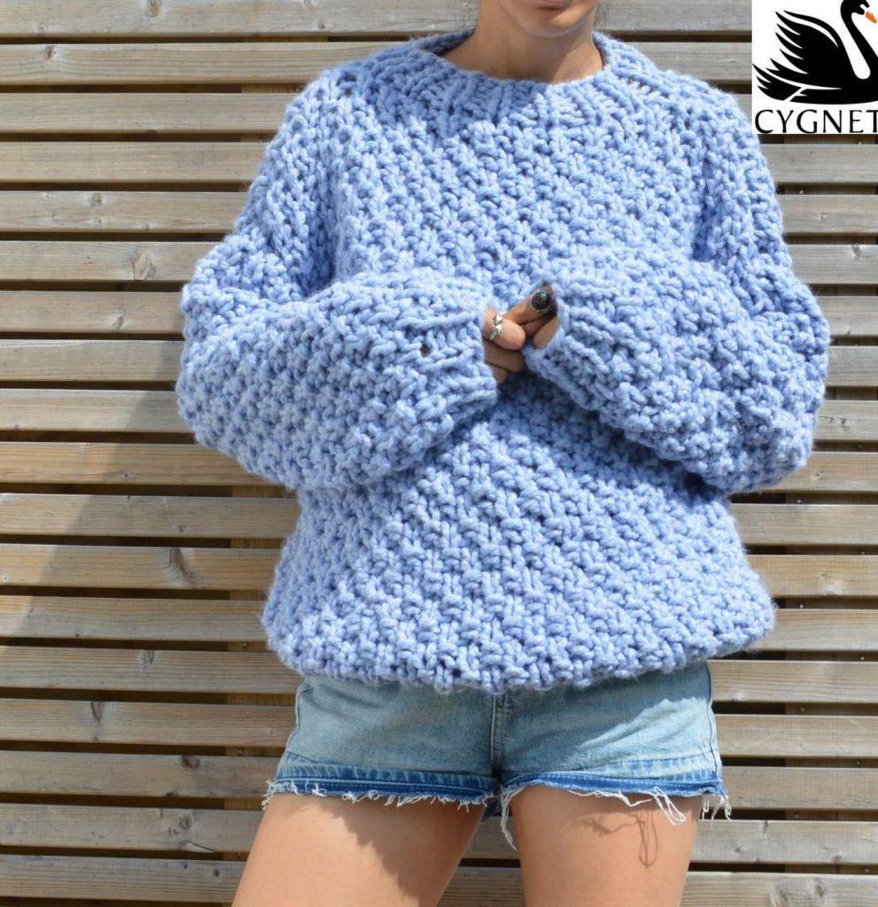 image3-11 | 15 модных зимних свитеров сезона 2018–2019