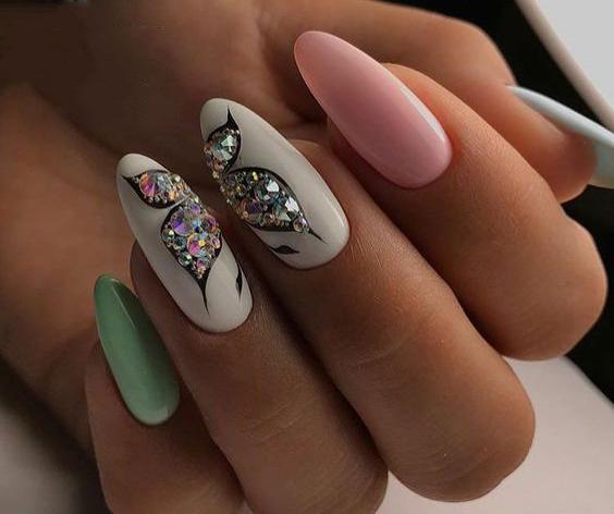 image3-31 | Идеи маникюра с бабочками на короткие ногти