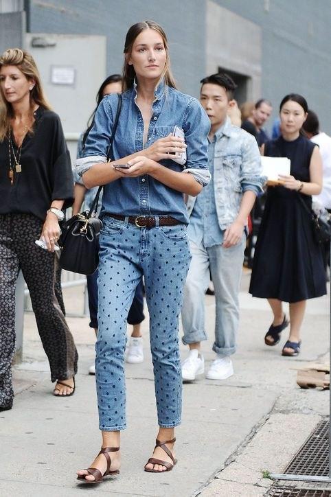 image10-11 | Как носить джинсы этой весной — 39 образов с фото