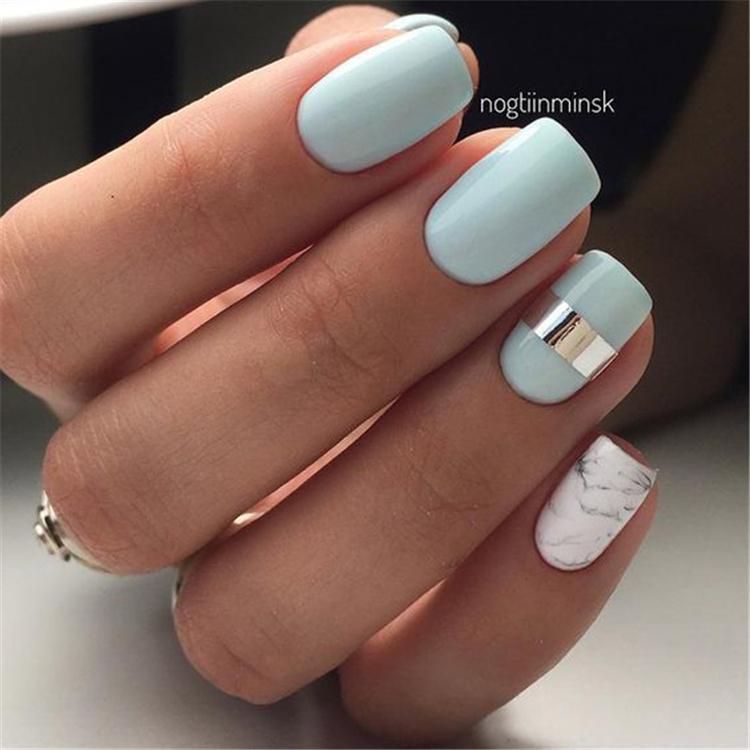 image10-5 | Нежно-голубой маникюр на короткие квадратные ногти