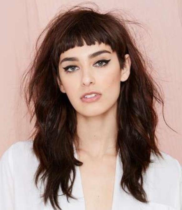image16-15   Прически на длинные волосы с короткой челкой