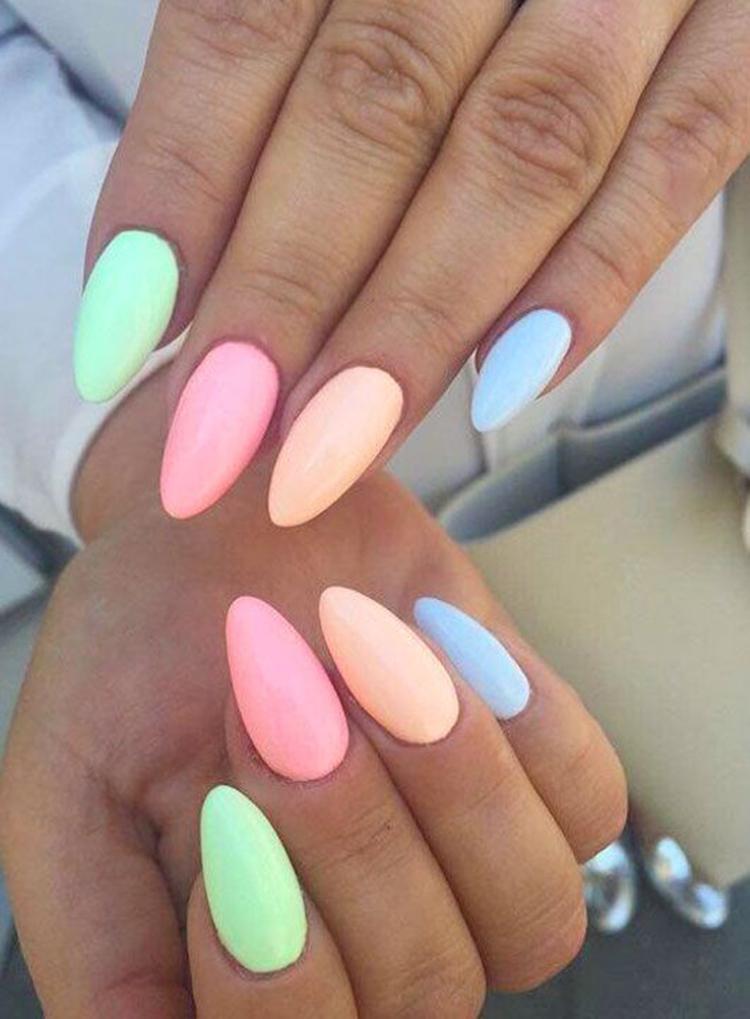 image16-22   34 идеи разноцветного маникюра — радуга на кончиках ваших пальцев