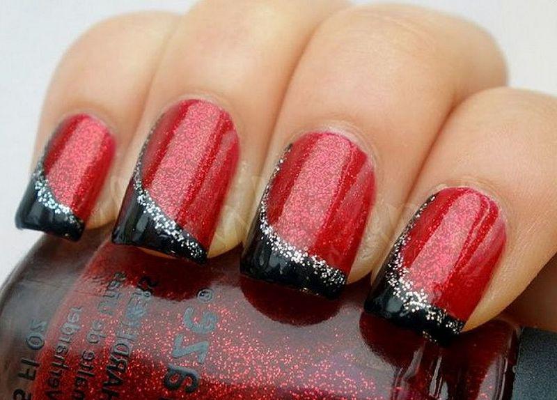 image18-28   Лучшие идеи красного маникюра на ногти любой длины