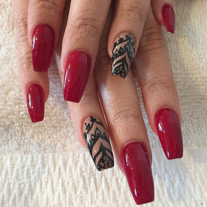 image20-28   Лучшие идеи красного маникюра на ногти любой длины