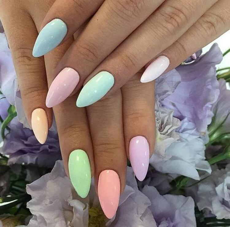 image27-18   34 идеи разноцветного маникюра — радуга на кончиках ваших пальцев