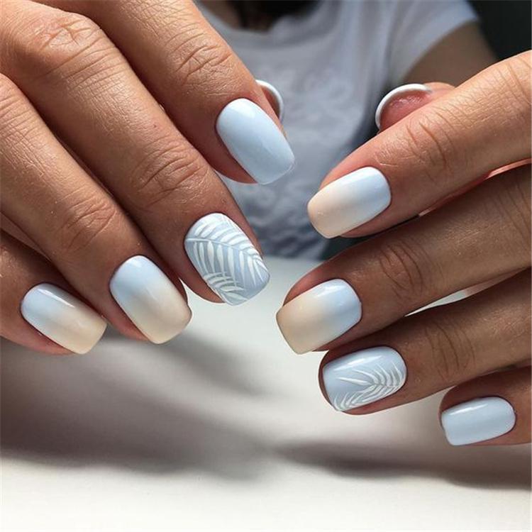 image3-7 | Нежно-голубой маникюр на короткие квадратные ногти