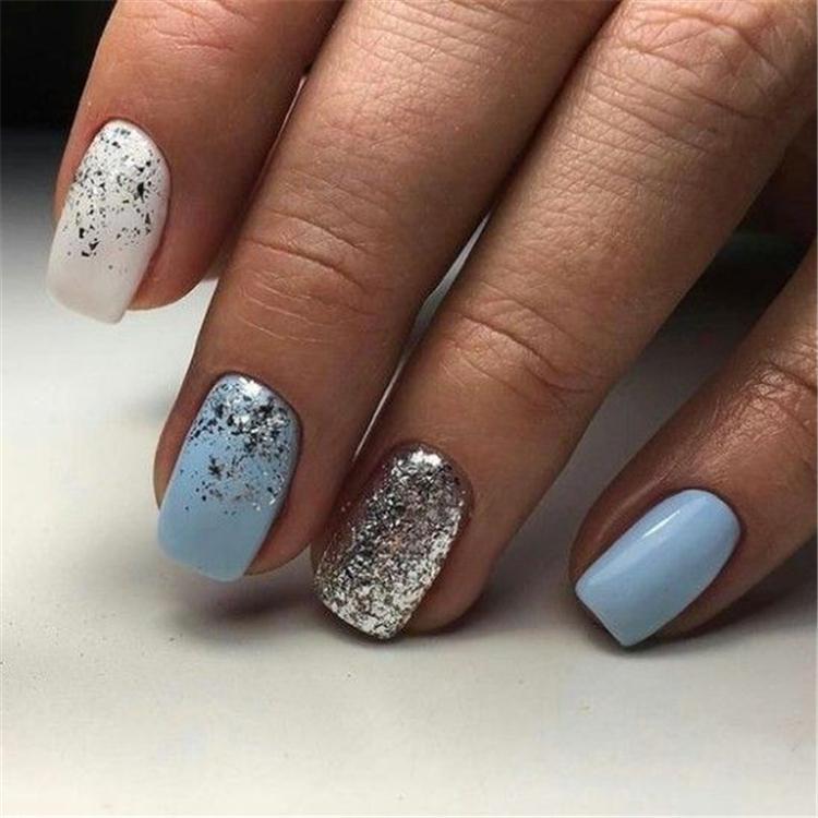 image5-6 | Нежно-голубой маникюр на короткие квадратные ногти