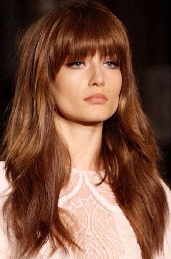 image7-17   Прически на длинные волосы с короткой челкой