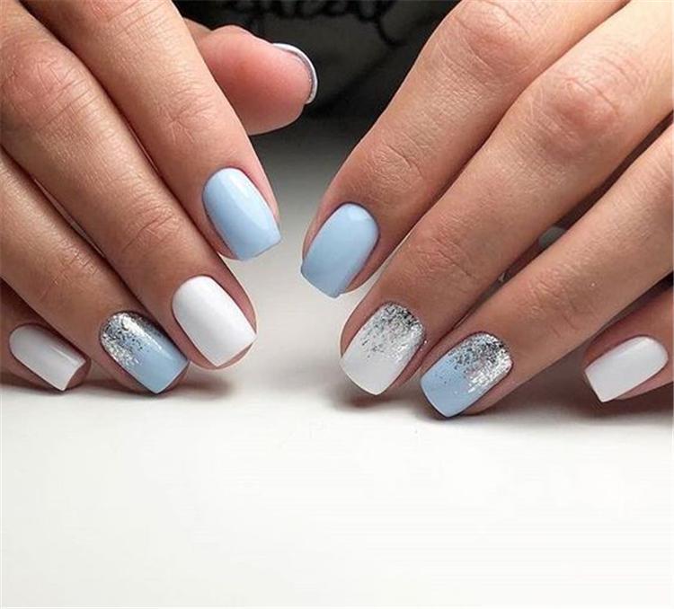 image8-6 | Нежно-голубой маникюр на короткие квадратные ногти