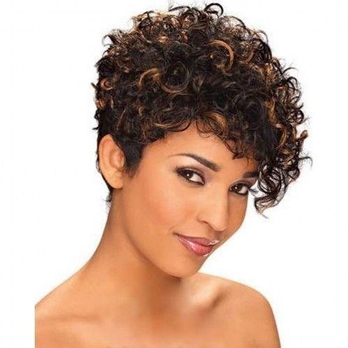 image9-2 | Современные стрижки и прически на вьющиеся волосы