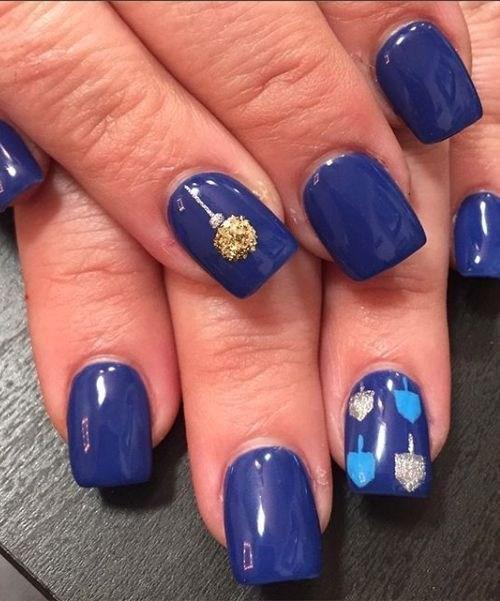 image34-5 | 37 идей синего маникюра на ногти разной формы и длины — найди лучшее решение