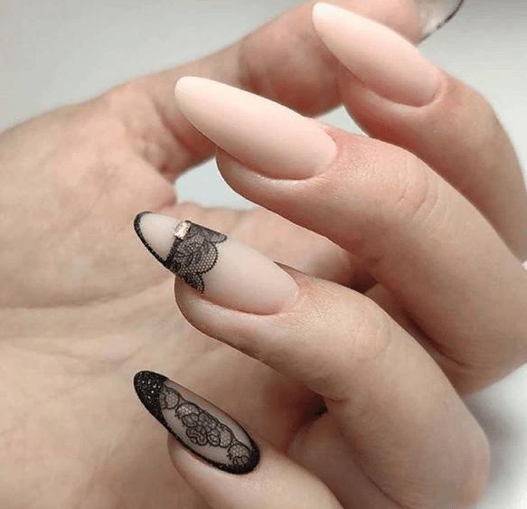 image37-3 | 38 идей матового маникюра на миндалевидные ногти