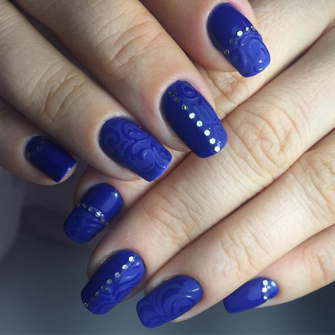 image5-10 | 37 идей синего маникюра на ногти разной формы и длины — найди лучшее решение