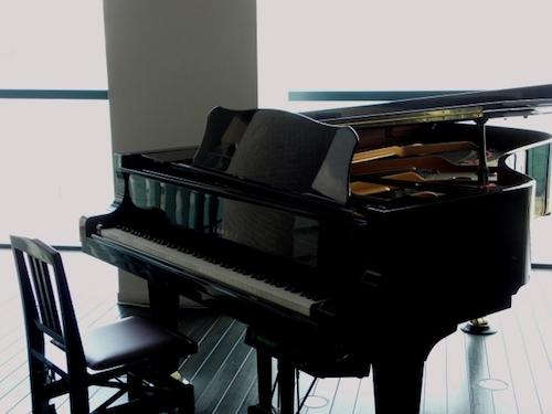 ピアニストが稼ぐ
