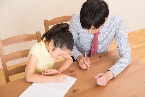 家庭教師や音楽の先生は人間関係に悩まされない点で楽な仕事