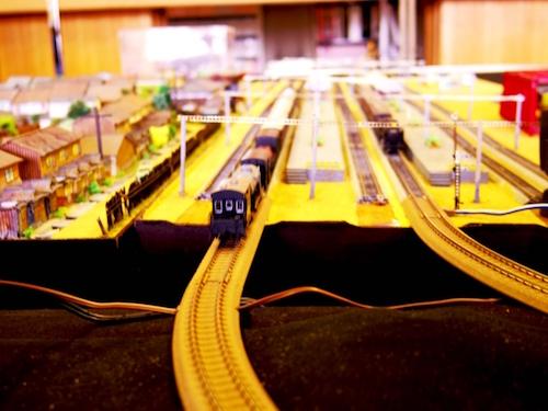 近隣のリサイクルショップで鉄道模型を売る