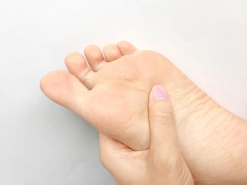 では、足の指が臭くならないようにするには、どうした良いのか - 具体的な対策/改善方法とは
