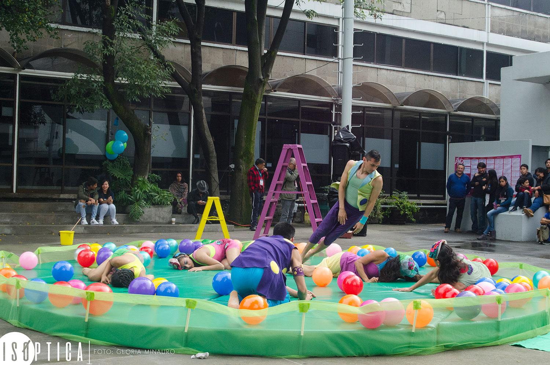 end-2016-la-bola-coreografia-irene-martinez-grupo-mandinga-plaza-angel-salas-ccb-fotografia-gloria-minauro_2086p