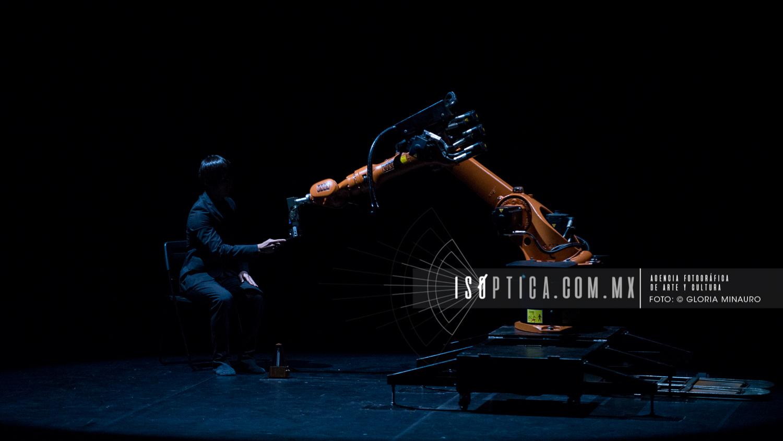 FIC 47, Huang Yi Estudio, Gloria Minauro/isoptica