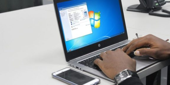How to make a window 7 bootable USB from an ISO
