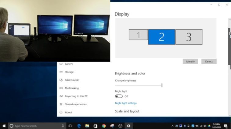 Fixed: The Third Monitor keeps Disconnecting on Windows 10 - Full Guide 2