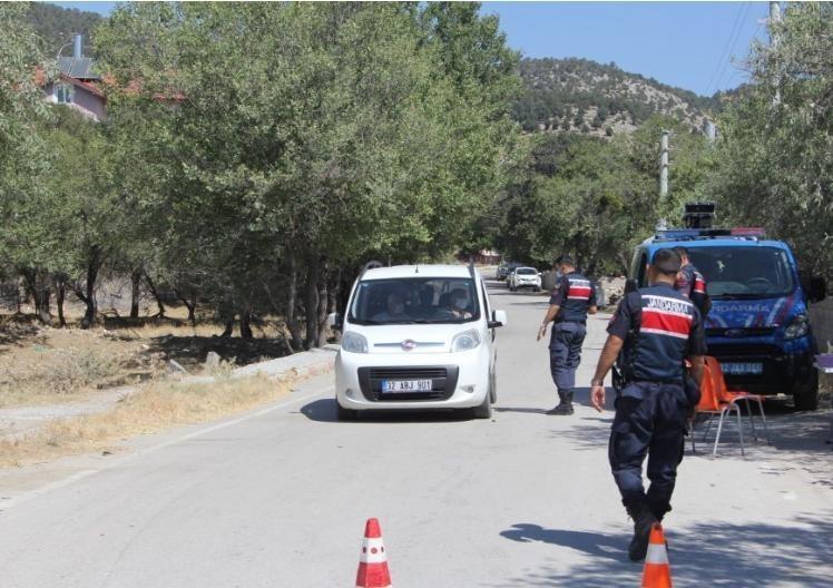 Isparta'nın bir köyünde karantina 10 gün daha uzatıldı
