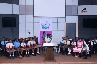 Cross section of Season 3 Spellers on stage