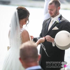 Outdoor-Lake-Wedding-Photography-020