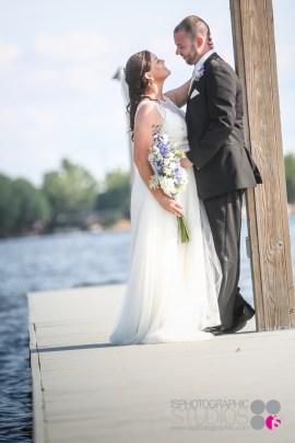 Outdoor-Lake-Wedding-Photography-033
