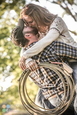 country-horses-lafayette-engagement-photography-15