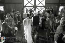 hidden-hollow-farm-wedding-photography-45