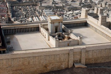 Model of the second Jewish temple in Jerusalem