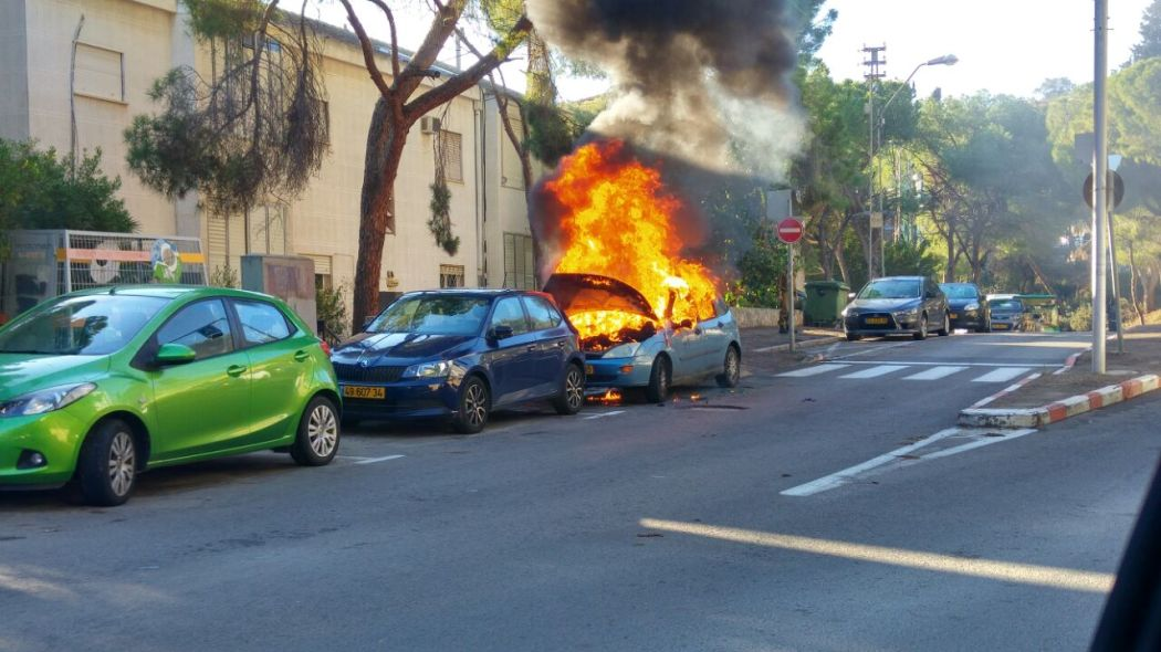 Burning car at the Yotam St, Haifa