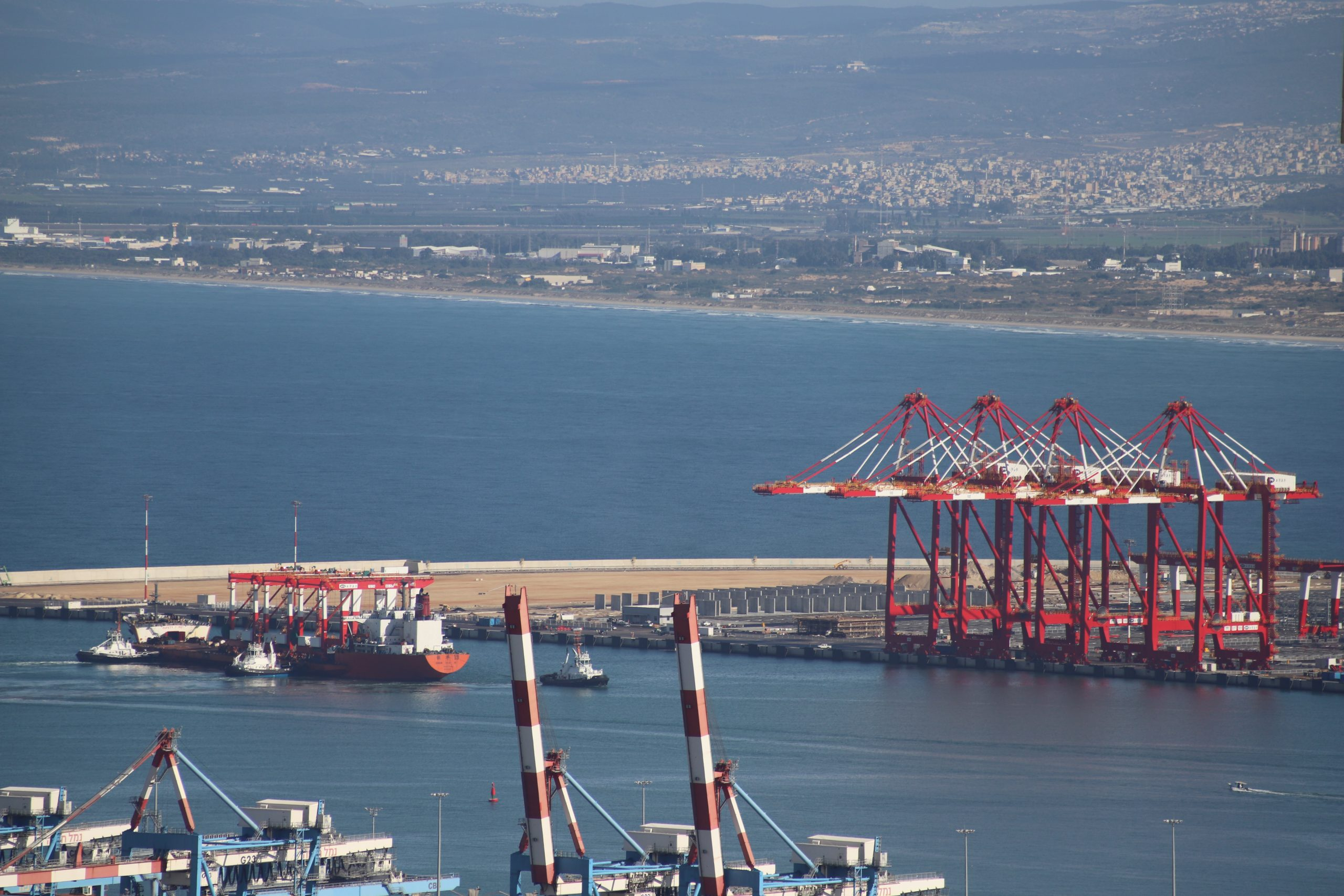Another batch of cranes arrives to Chinese-owned port in Haifa Bay
