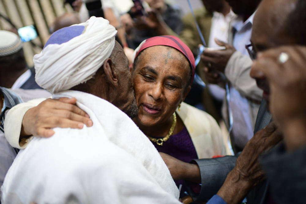 Israel traerá 'inmediatamente' más de 2.000 judíos etíopes