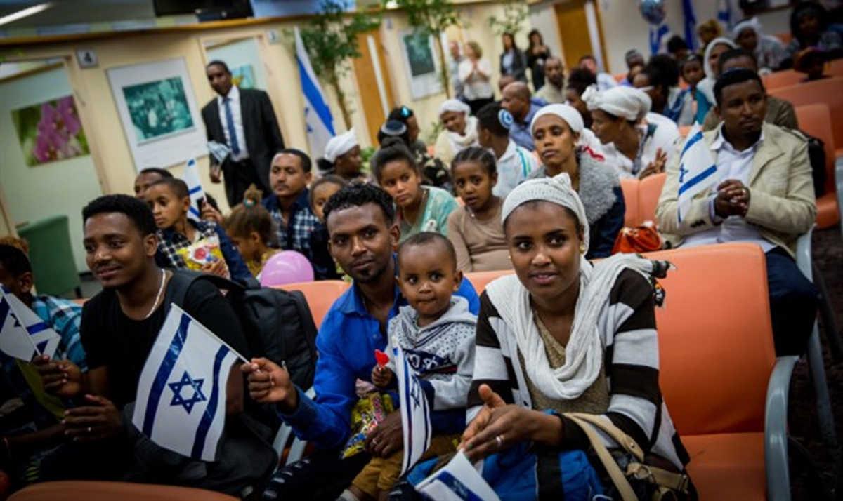 Israel asigna 51 millones de dólares para traer a más de 2.000 inmigrantes de Etiopía para 2021