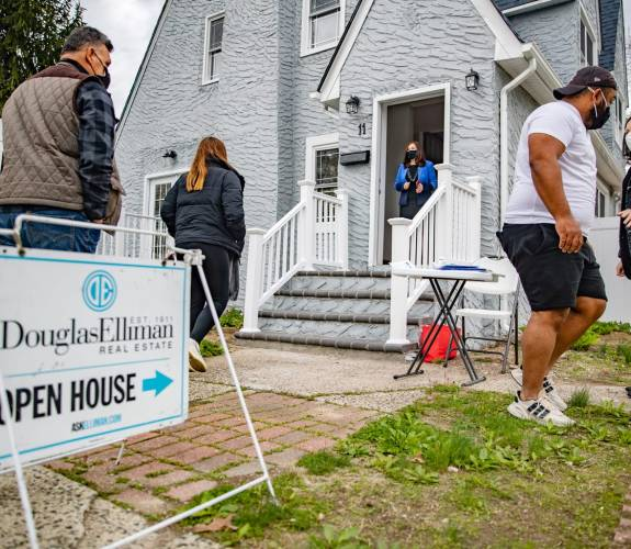 5 trends fueling one of the hottest housing markets in US history