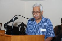 Dr. V S Ramamurthy giving a Welcome Address